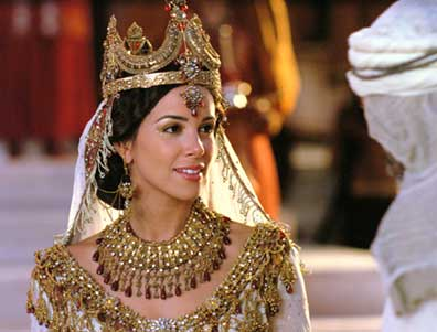 Tiffany Dupont als Königin Esther im Spielfilm One Night with the King (2006)